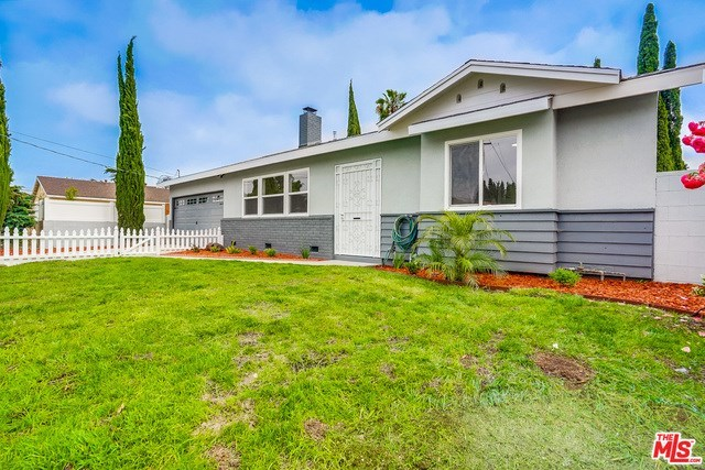 Closed | 13346 KITTRIDGE  Street Van Nuys, CA 91401 3