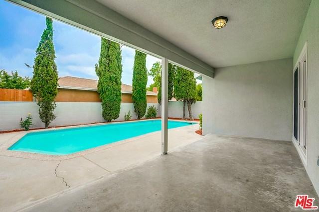 Closed | 13346 KITTRIDGE  Street Van Nuys, CA 91401 21