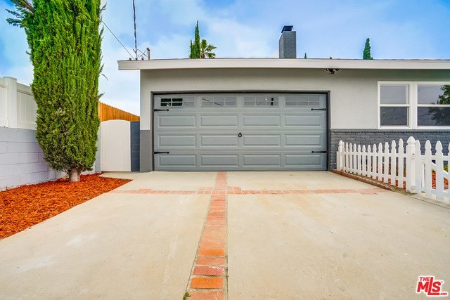 Closed | 13346 KITTRIDGE  Street Van Nuys, CA 91401 25