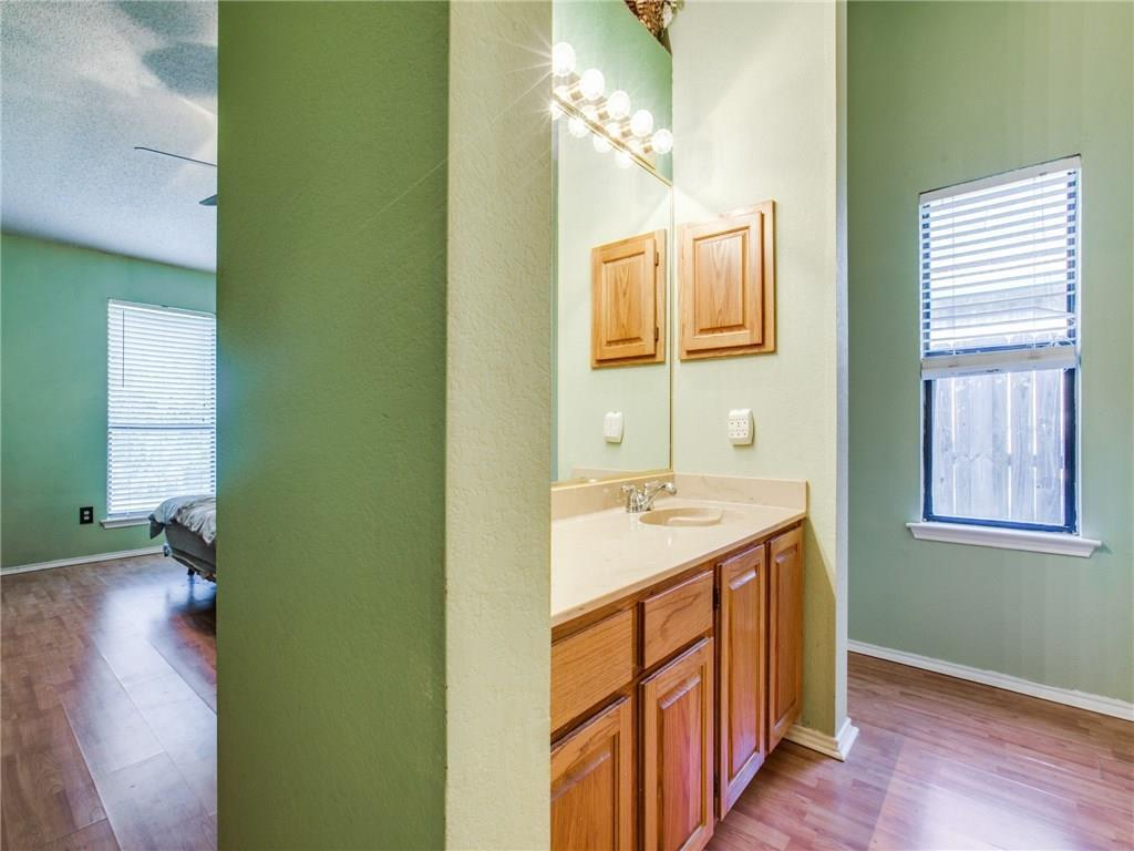 Sold Property | 6017 Hillglen Drive Watauga, Texas 76148 22