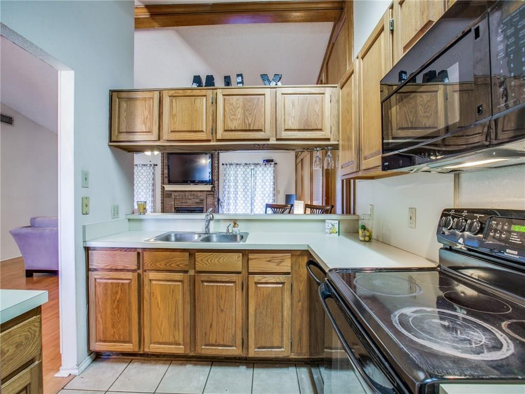Sold Property | 6017 Hillglen Drive Watauga, Texas 76148 10