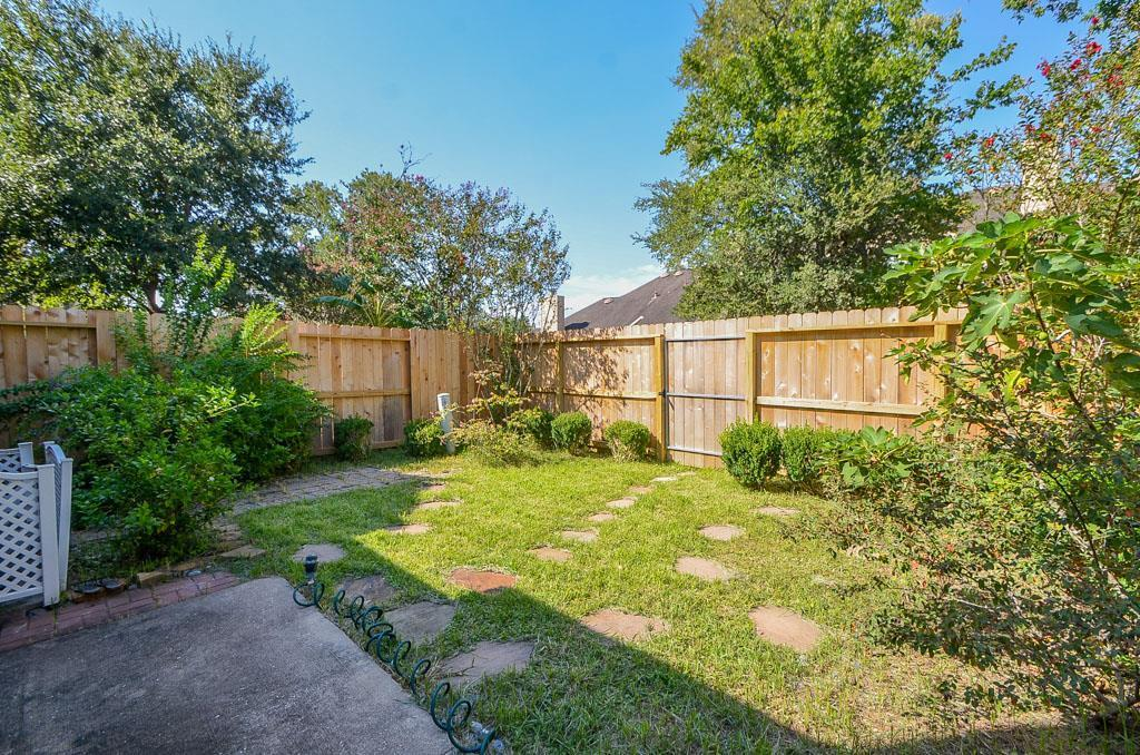 Off Market | 8915 Summer Ash Lane Sugar Land, TX 77479 24
