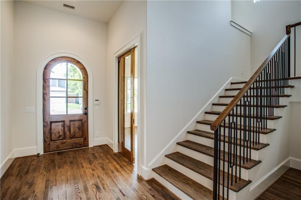 Sold Property | 6218 Ellsworth Avenue Dallas, TX 75214 3