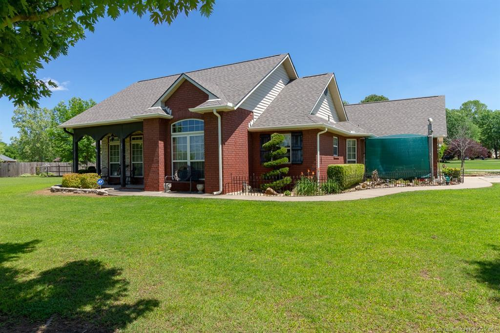 Off Market | 29 Sycamore Circle Pryor, Oklahoma 74361 1