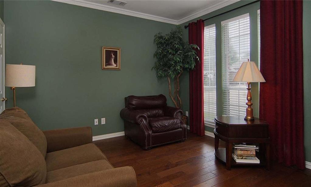 Sold Property   4517 Creekside Drive Haltom City, Texas 76137 12