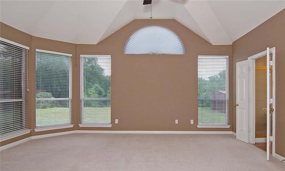 Sold Property   4517 Creekside Drive Haltom City, Texas 76137 14