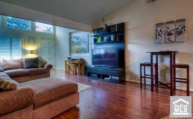 Closed | 25582 MACKENZIE Street Laguna Hills, CA 92653 2