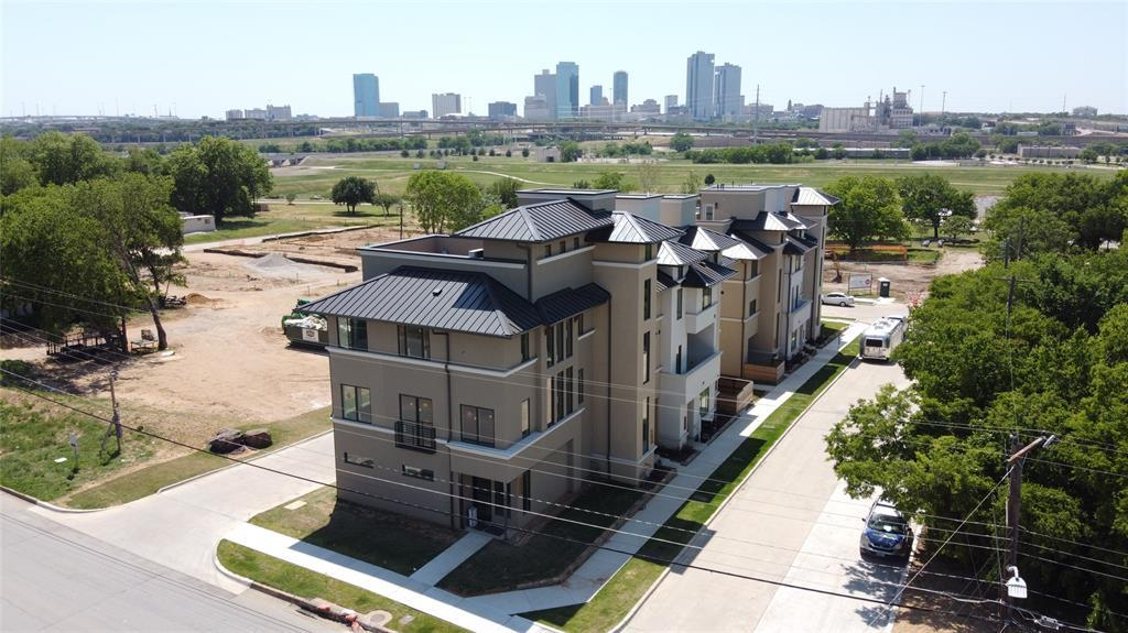 Pending | 400 S Rayner  Street Fort Worth, TX 76111 14