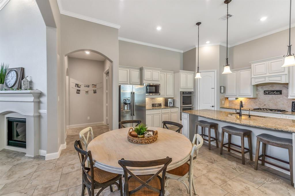 homes for sale in Katy, Falls of Green Meadows, zoned to Katy High School   6610 Hollow Bay Court Katy, Texas 77493 17