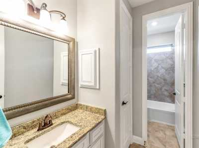 homes for sale in Katy, Falls of Green Meadows, zoned to Katy High School | 6610 Hollow Bay Court Katy, Texas 77493 25