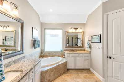 homes for sale in Katy, Falls of Green Meadows, zoned to Katy High School | 6610 Hollow Bay Court Katy, Texas 77493 30