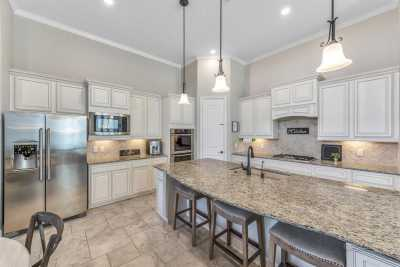 homes for sale in Katy, Falls of Green Meadows, zoned to Katy High School | 6610 Hollow Bay Court Katy, Texas 77493 39