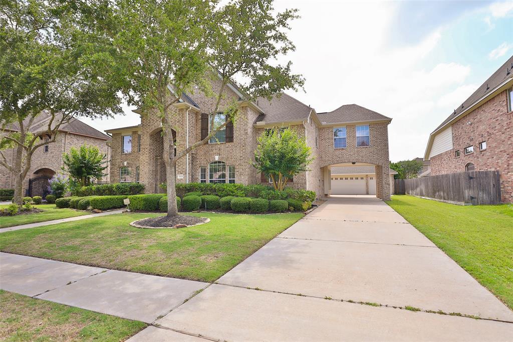 Option Pending | 1614 Whitfield Street Sugar Land, TX 77479 2