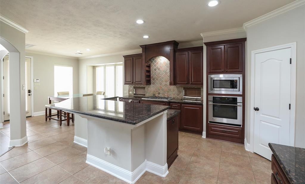 Option Pending | 1614 Whitfield Street Sugar Land, TX 77479 11