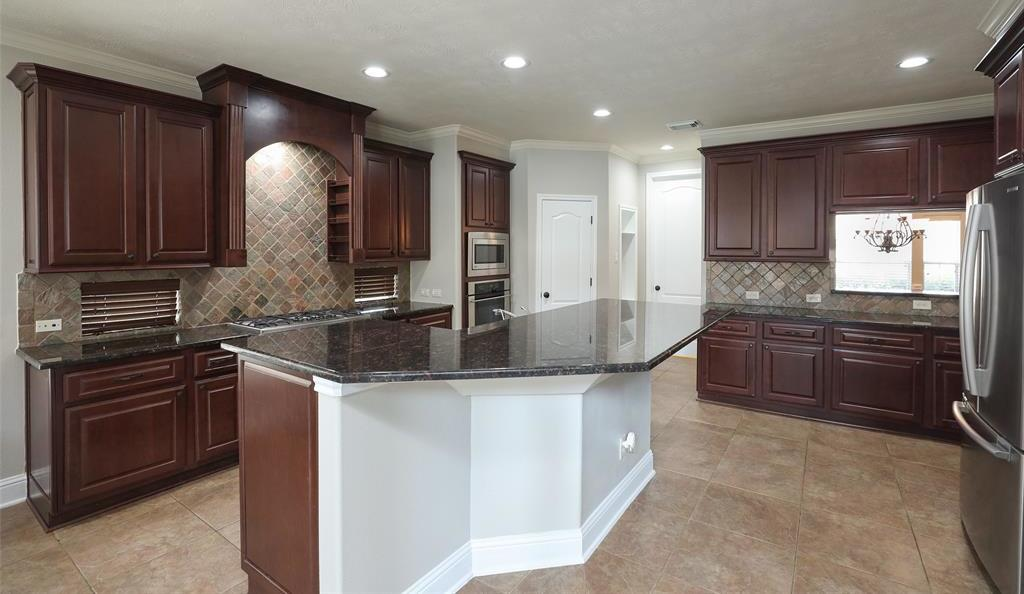 Option Pending | 1614 Whitfield Street Sugar Land, TX 77479 12