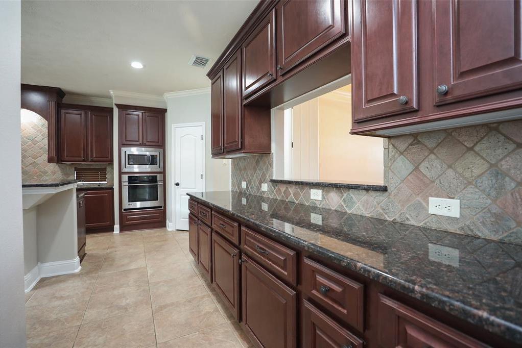 Option Pending | 1614 Whitfield Street Sugar Land, TX 77479 10