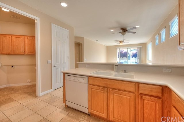 Closed | 11066 Port Royale Court Apple Valley, CA 92308 10