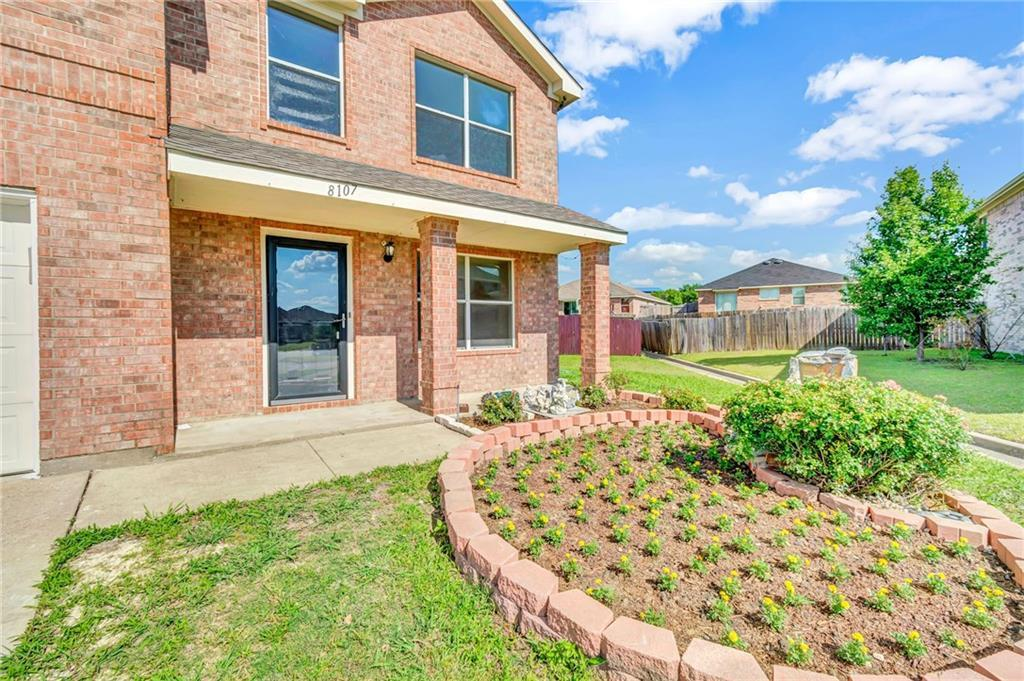 Homes for sale in Arlington, for sale in Mansfield, for sale in Mansfield ISD, | 8107 Young Court Arlington, TX 76002 5
