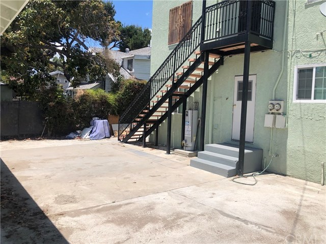 Closed | 1546 W 49th  Street Los Angeles, CA 90062 14