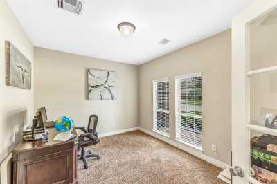 Lease home in Katy Texas, Zoned to Tompkins High School, Zoned to KatyISD | 3430 Norwich Gardens Lane Fulshear, Texas 77441 6
