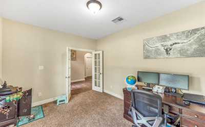 Lease home in Katy Texas, Zoned to Tompkins High School, Zoned to KatyISD | 3430 Norwich Gardens Lane Fulshear, Texas 77441 7
