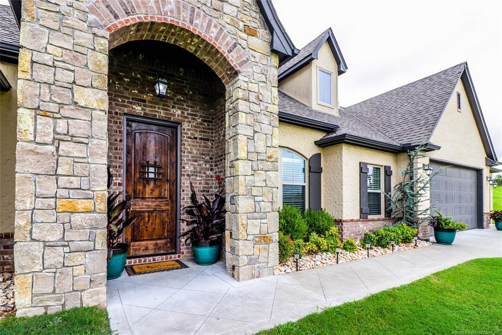 Active | 19481 Pecan Ridge Circle Claremore, OK 74017 2