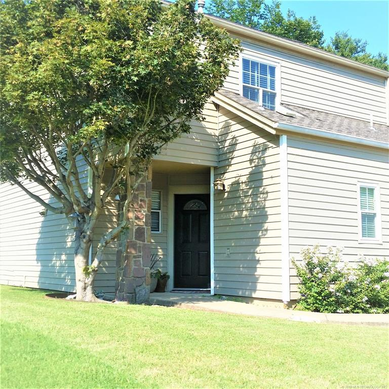 Active | 106 Water Oak Drive Pryor, Oklahoma 74361 2
