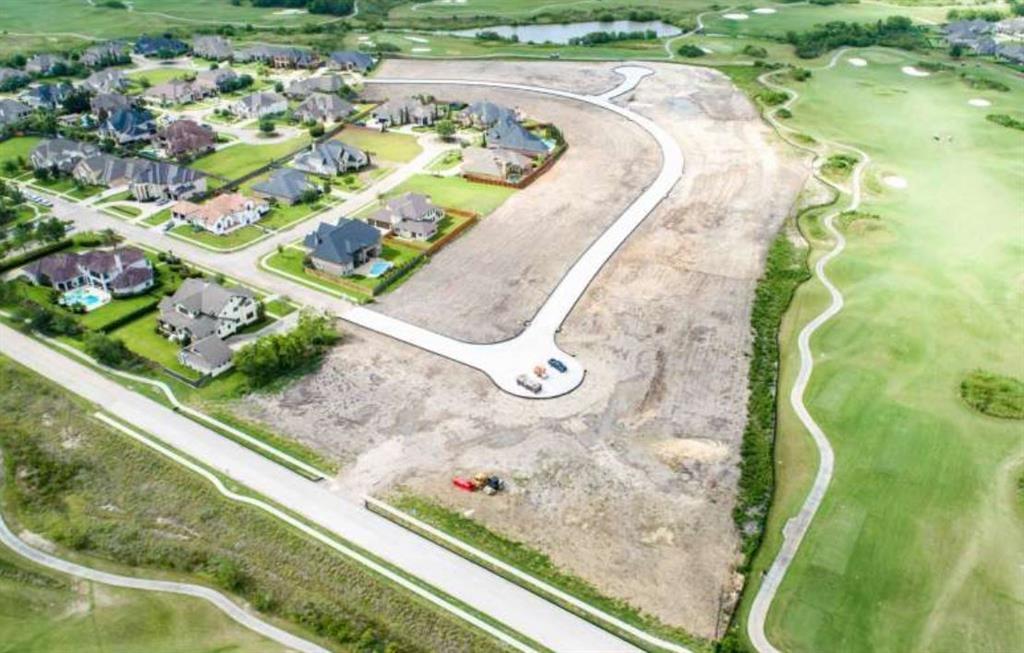 Active | 4801 Lost Creek  Lane League City, TX 77573 1