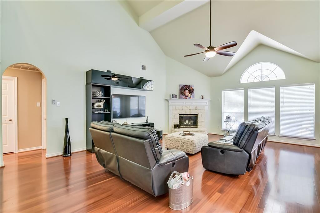 Sold Property | 301 S Laurel Springs Drive DeSoto, Texas 75115 9