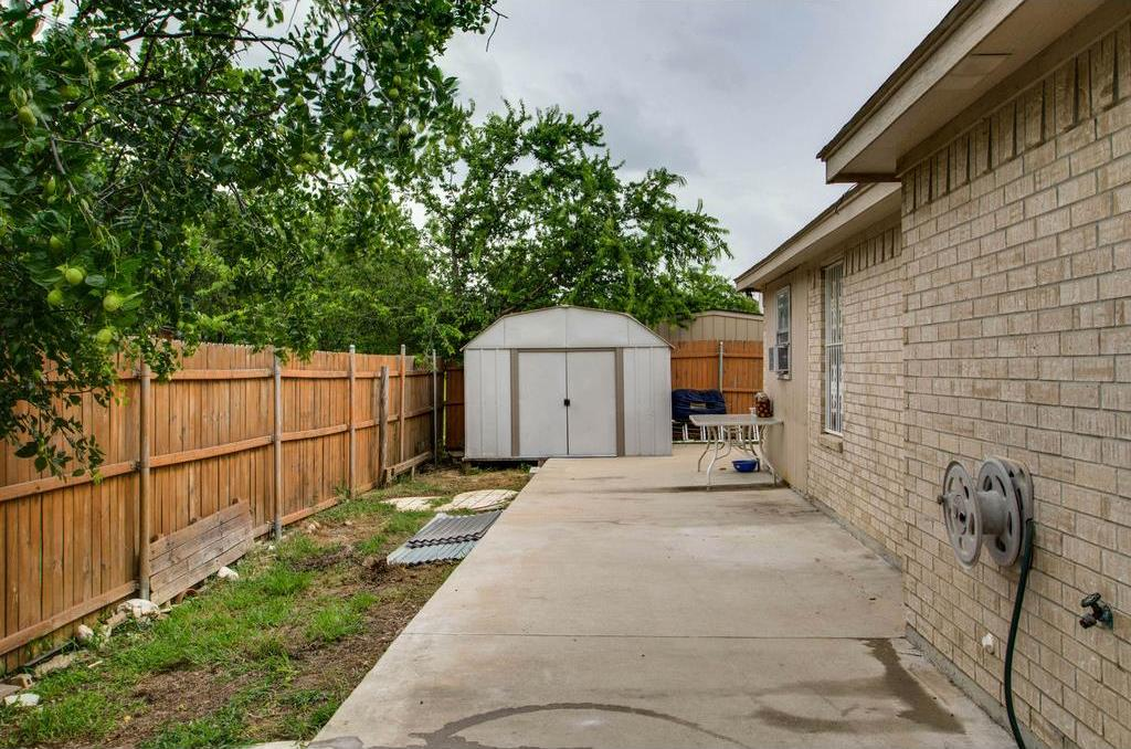 Sold Property | 3556 Tommy Watkins Drive Haltom City, Texas 76117 24