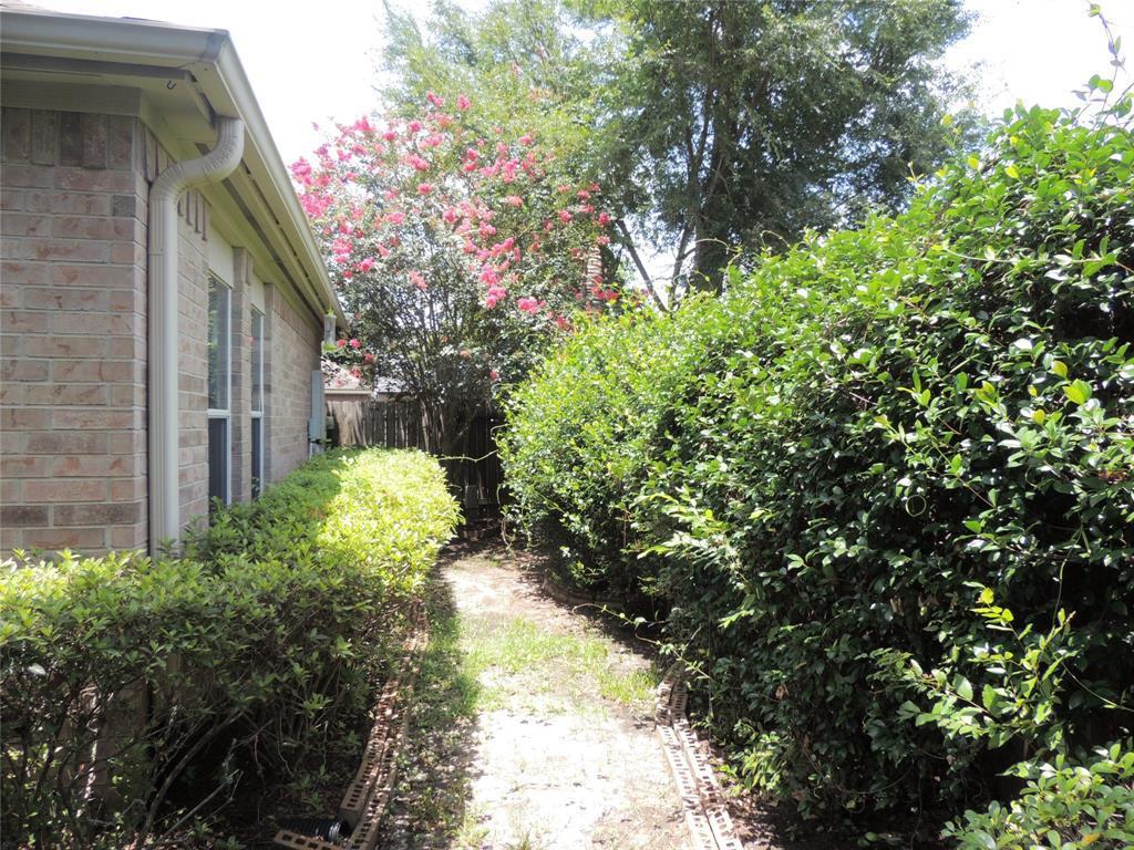 Active   26864 Manor Falls Drive Kingwood, TX 77339 15