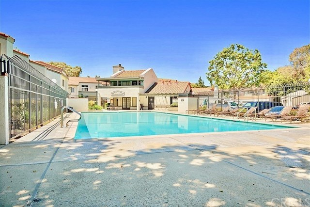 Closed | 55 Town And Country Road Phillips Ranch, CA 91766 21