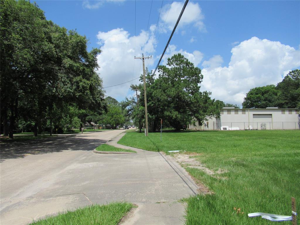 Active | 101 E Walker  Street League City, TX 77573 10