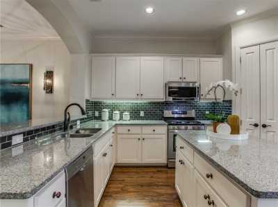 Sold Property | 2413 Worthington Street 10