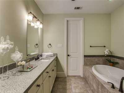 Sold Property | 2413 Worthington Street 14