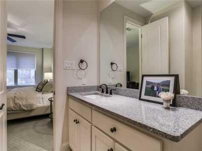 Sold Property | 2413 Worthington Street 19