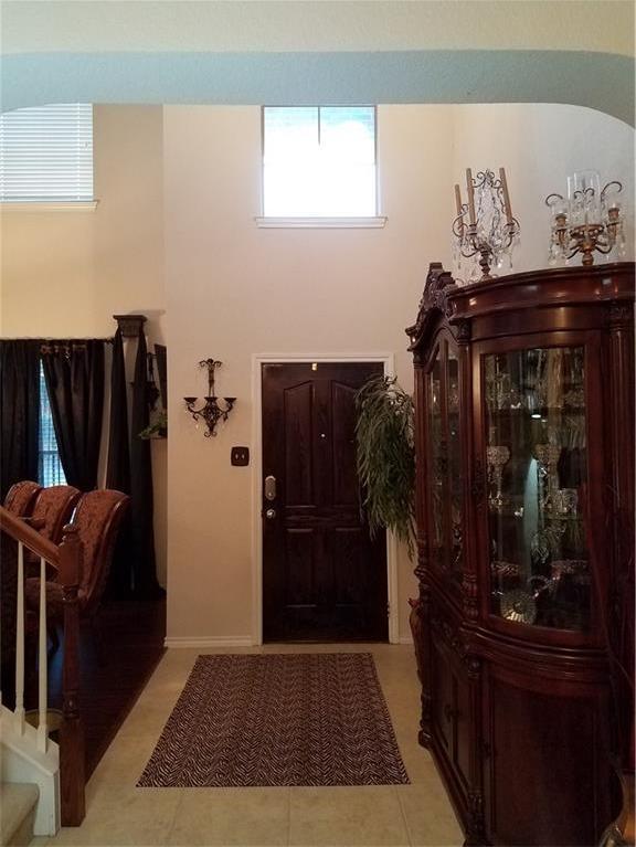 Sold Property | 1717 Wild Deer Way Arlington, Texas 76002 3