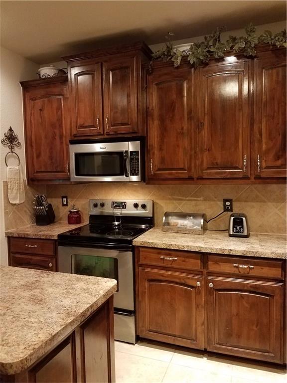 Sold Property | 1717 Wild Deer Way Arlington, Texas 76002 7
