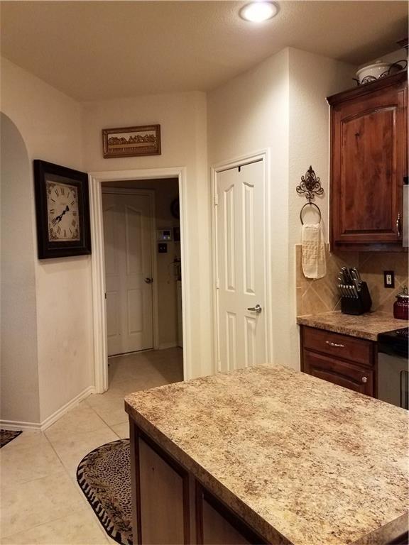Sold Property | 1717 Wild Deer Way Arlington, Texas 76002 9