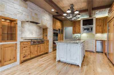Sold Property | 9641 Viewside Drive Dallas, Texas 75231 10