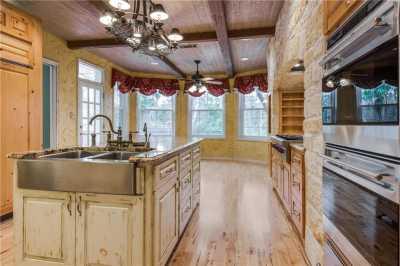 Sold Property | 9641 Viewside Drive Dallas, Texas 75231 11
