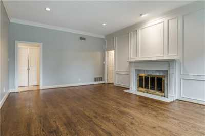 Sold Property | 9641 Viewside Drive Dallas, Texas 75231 8