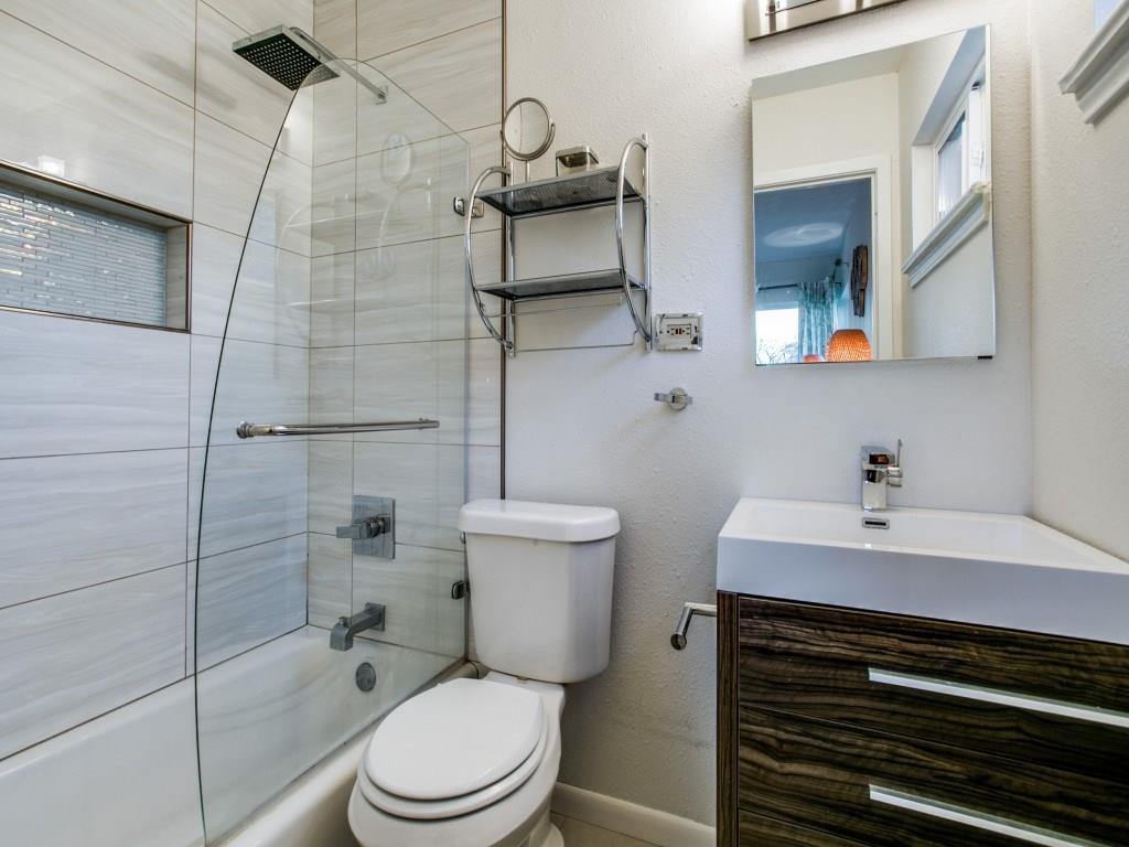 Sold Property | 6727 Hialeah Drive Dallas, Texas 75214 16