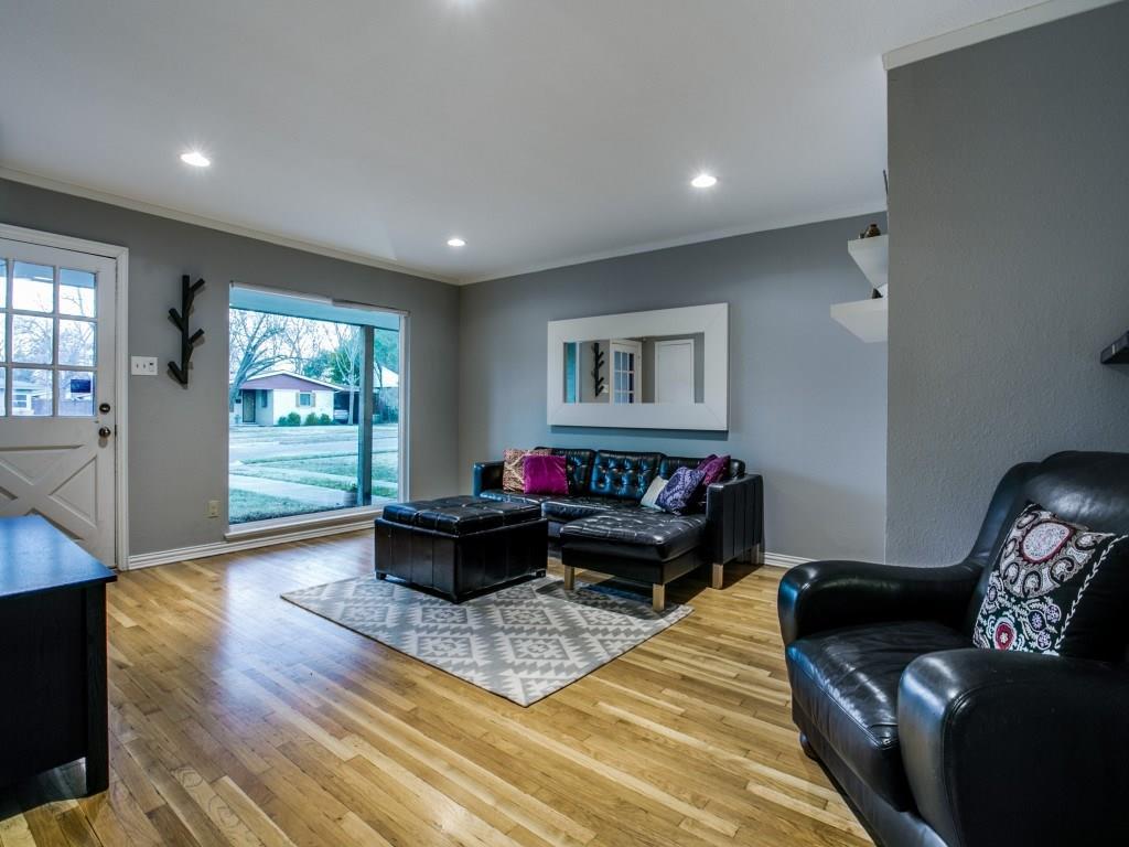 Sold Property | 6727 Hialeah Drive Dallas, Texas 75214 5