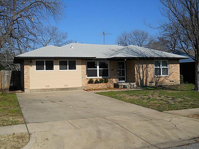 Sold Property | 2417 Tisinger Avenue Dallas, Texas 75228 10