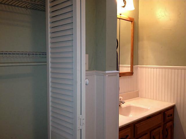 Sold Property | 2417 Tisinger Avenue Dallas, Texas 75228 8