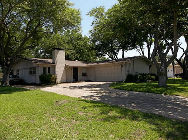 Sold Property | 3157 Modella Avenue Dallas, Texas 75229 0
