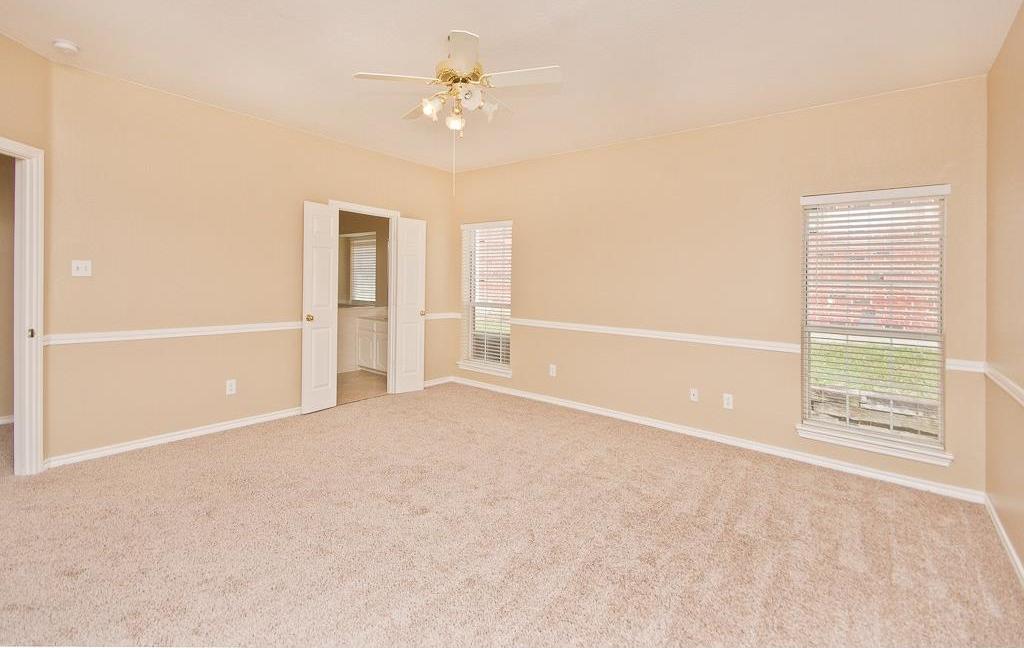 Sold Property | 2720 Winterlake Drive Carrollton, Texas 75006 12
