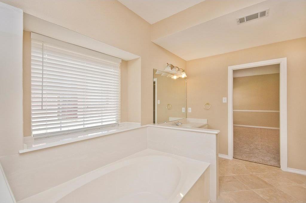 Sold Property | 2720 Winterlake Drive Carrollton, Texas 75006 14