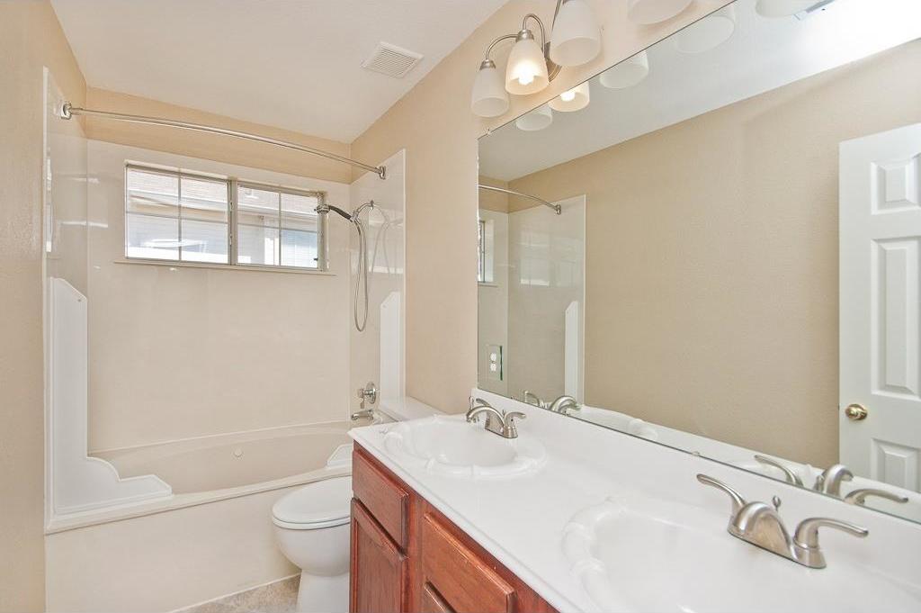 Sold Property | 2720 Winterlake Drive Carrollton, Texas 75006 17